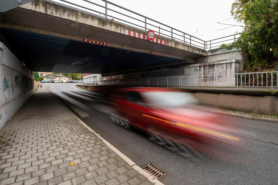 Die Bahnunterführung zwischen der Dohnaer und Pirnaer Straße ist nächste Woche gesperrt.