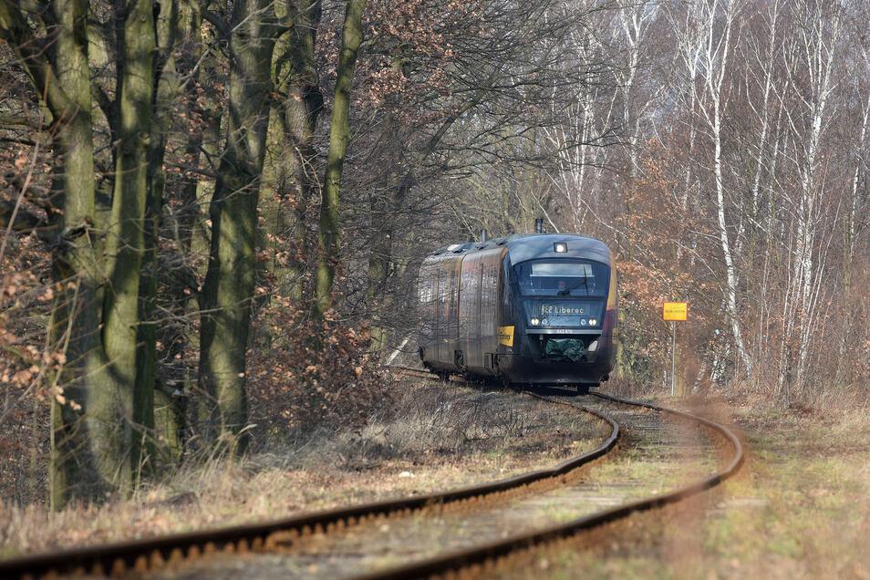 Der polnische Abschnitt zwischen Hradek und Zittau ist marode. Seit mehr als einem Jahrzehnt wird über die Sanierung verhandelt