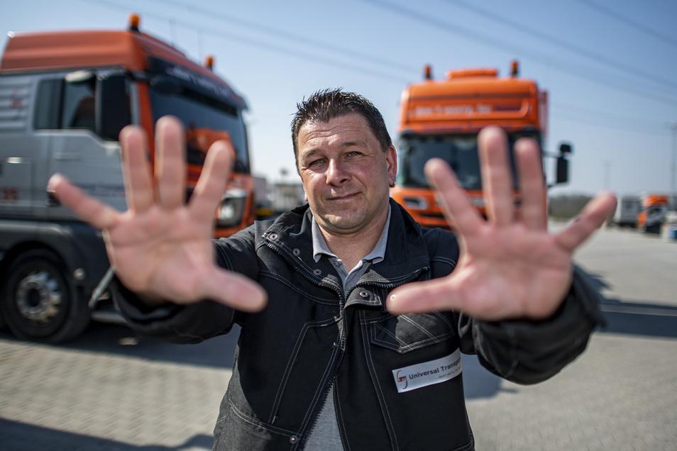 LKW-Fahrer Ronny Knoblauch beklagt mangelnde Möglichkeiten zur Desinfektion - und geschlossene Toiletten.