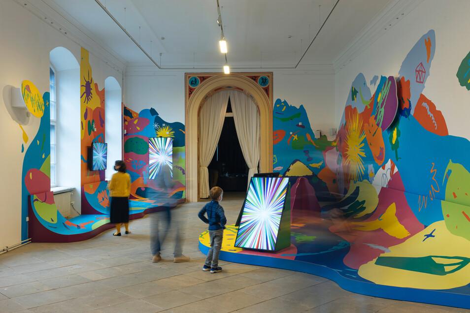 Mitmachen wir mit großem M geschrieben: Wer die Biennale durchstreift, verändert mit seinen Bewegungen den Raum.