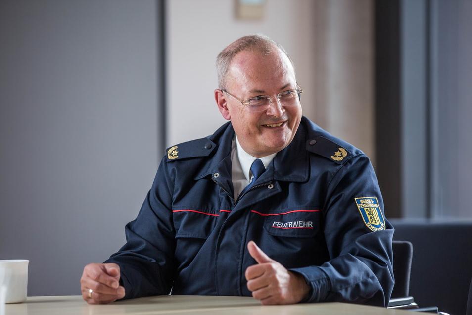 """Als """"ein zutiefst befriedigendes Gefühl"""" beschreibt der scheidende Chef des Brand- und Katastrophenschutzes die Situation nach einem erfolgreichen Feuerwehr- oder Rettungseinsatz."""
