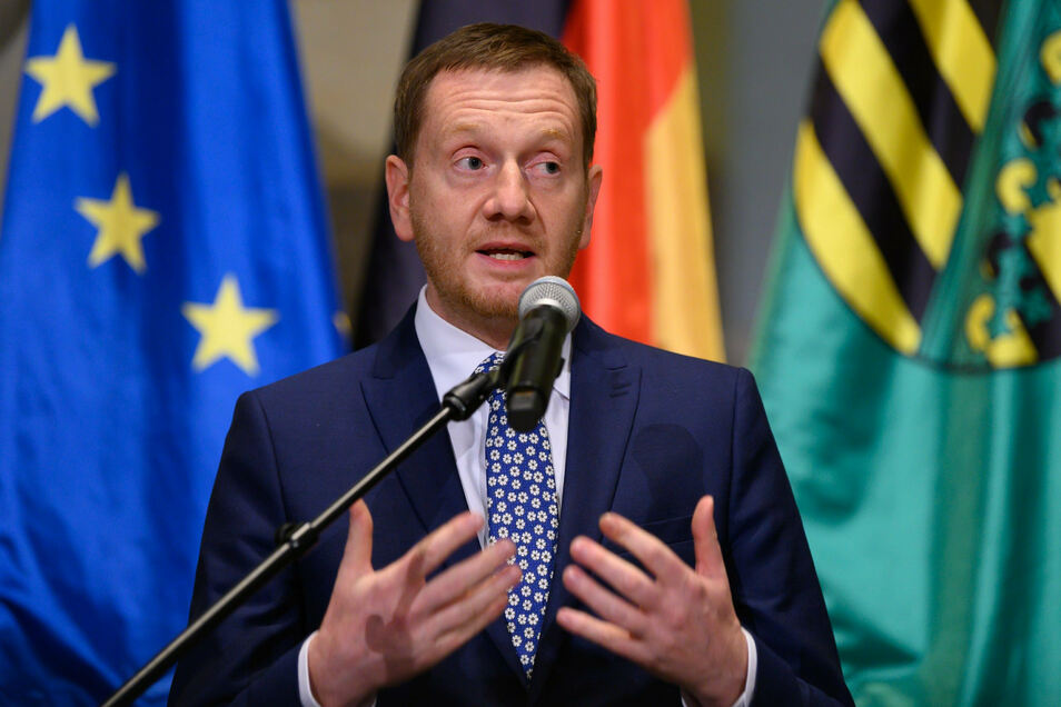 Sachsens Ministerpräsident Michael Kretschmer (CDU) weist den Corona-Finanzierungsvorschlag seinen Parteikollegen Brinkhaus zurückgewiesen.