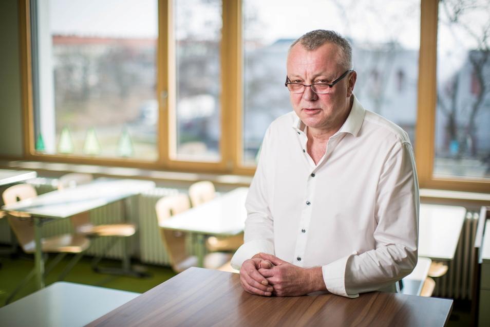 Porträt Frank Haubitz, Schulleiter vom Gymnasium Klotzsche.