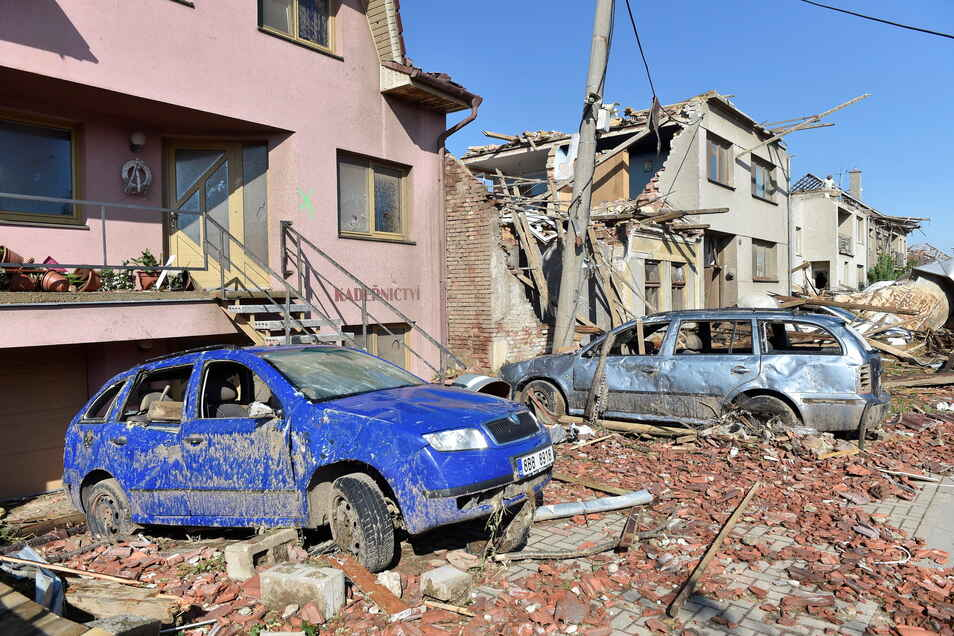 Am Tag nach der Katastrophe: Blick auf Häuser im Dorf Moravská Nová Ves.