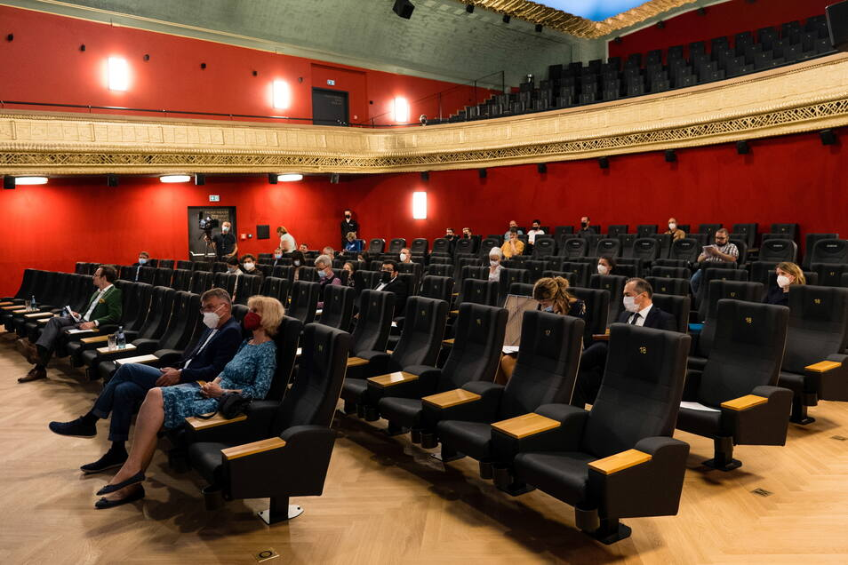 So groß wie auf dem Foto brauchen die Abstände für das Publikum des Görlitzer Filmpalasts nicht zu sein, aber das Kino setzt bei der Eröffnung am Donnerstag auf Abstände, nicht auf Testpflicht.
