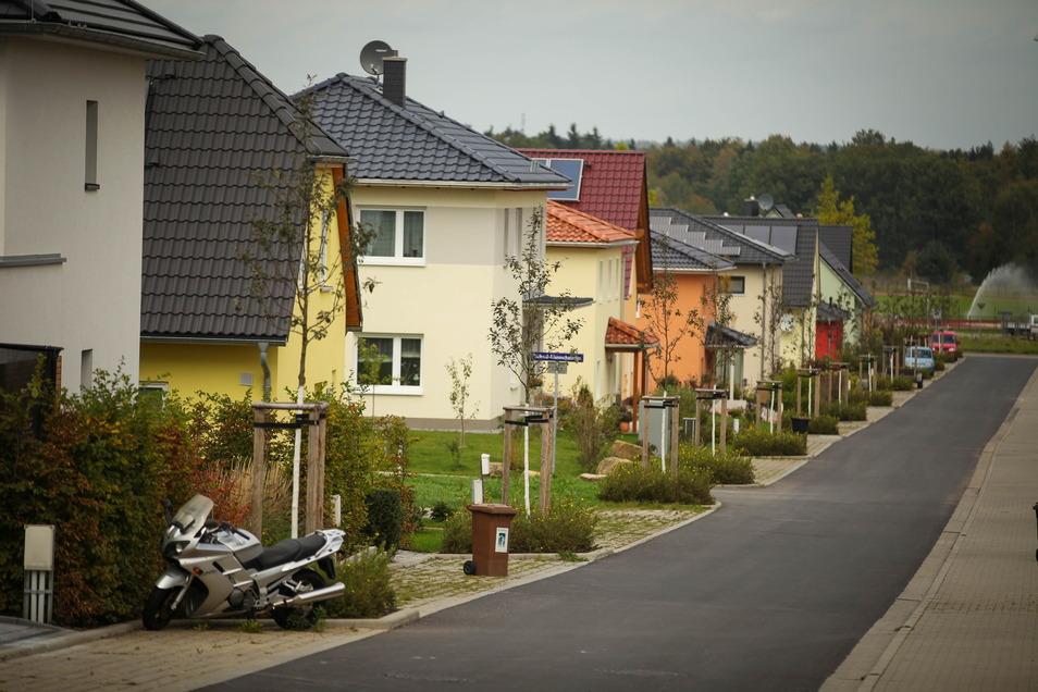 Einfamilienhäuser im Dresdner Stadtteil Weißig: Im Stadtgebiet stehen so gut wie keine Eigenheime zum Verkauf.