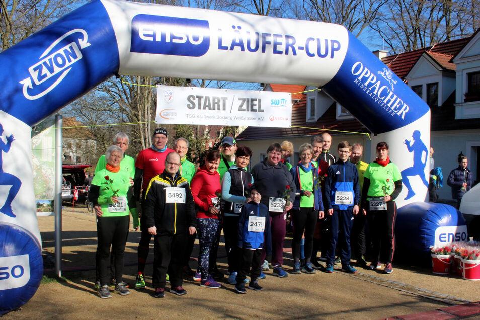 Start zur Niederlausitz-Cup-Saison, Start zum Bad Muskauer Parklauf. Aber trotz des Virus' blieb die Läuferszene stabil: Die Serie des NL-Cups konnte regulär ausgetragen werden.
