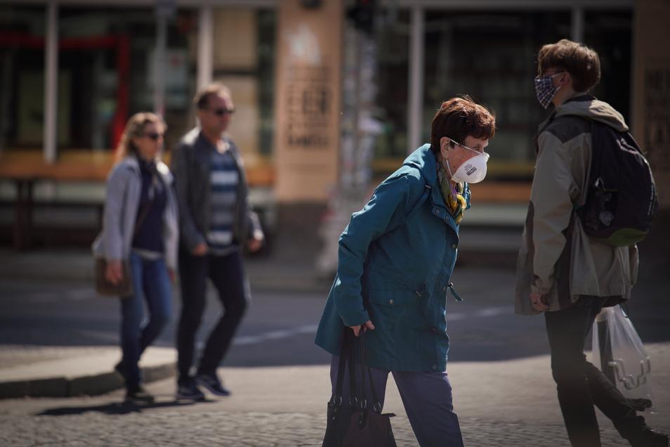 Viele Dresdner können aus gesundheitlichen Gründen trotz Pflicht keine Mund-Nasen-Maske tragen. Die Stadt berichtet von Anfeindungen gegen diese.