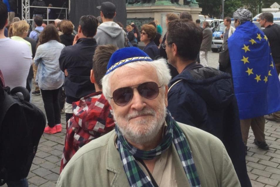 Der Publizist Henryk M. Broder, inzwischen selbst zum Rechtspopulisten geworden, machte 2011 Zitate aus einer Mail von Ken Jebsen öffentlich, die er als antisemitisch bewertete. Kurz darauf wurde der Moderator vom RBB entlassen, wo er schon länger für Ärg