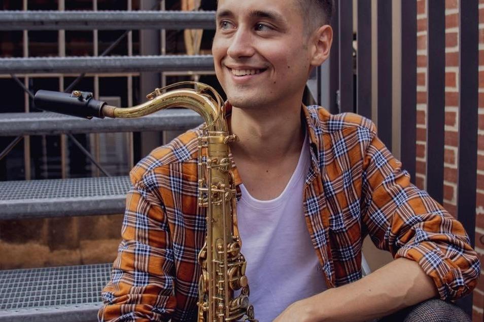 Timur Valitov stammt aus dem russischen Ufa und studiert jetzt an der Dresdner Musikhochschule Jazz. Ein Stipendium von saechsische.de erleichtert ihm derzeit das coronabedingte Leben ohne Auftritte.