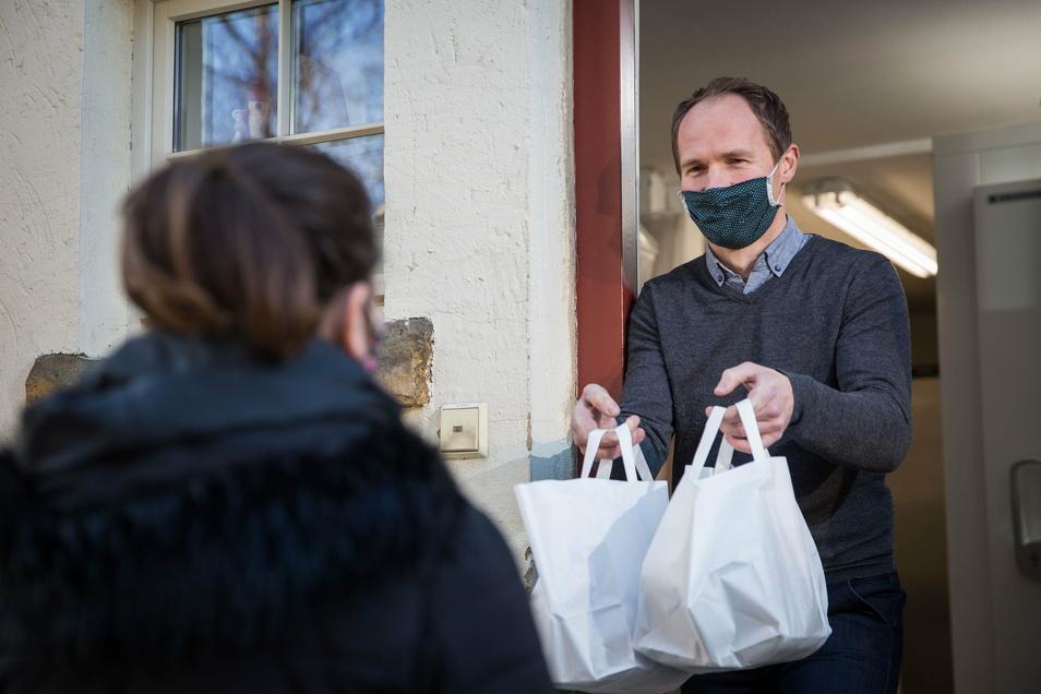 Gastronom Olaf Kranz bietet im Advent freitags 3-Gang-Menüs zum Abholen in Schmidts Restaurant an.