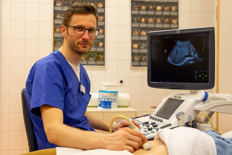 Dr. Sven Pannach ist Facharzt für die  Ultraschalltechnik im Helios Krankenhaus Pirna.