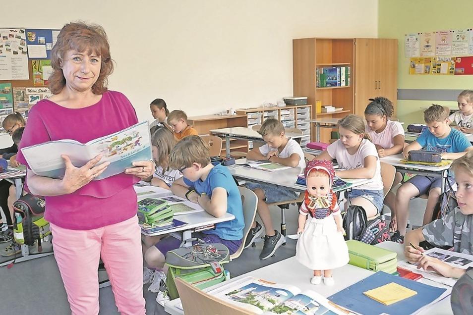 """Silvia Seitz unterrichtet seit 20 Jahren """"2plus""""."""