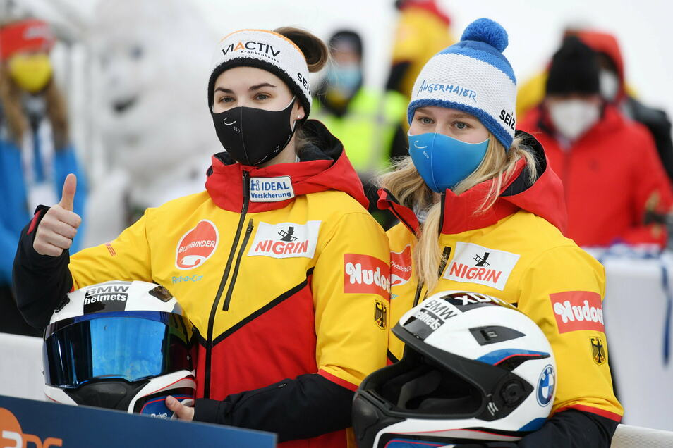 Kim Kalicki und Ann-Christin Strack sind nach zwei von vier Läufen auf dem zweiten Platz - und damit das beste deutsche Team.