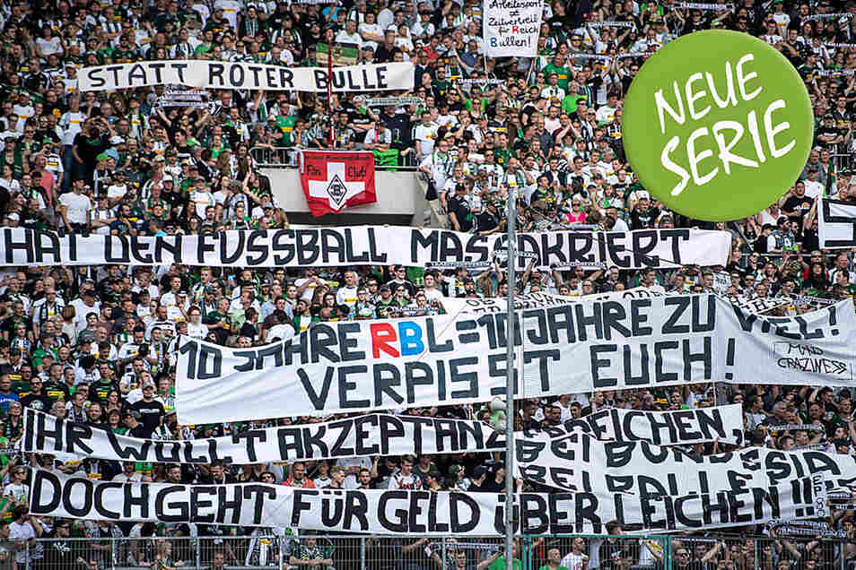 Die Botschaft der Fans von Borussia Mönchengladbach beim Heimspiel vor einem Monat ist eindeutig. Die Proteste gegen RB Leipzig haben jedoch abgenommen.