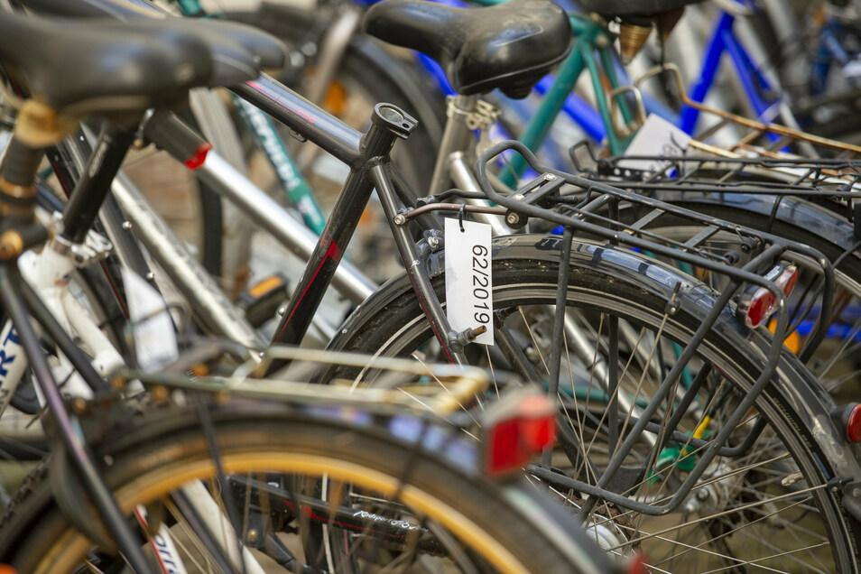 34 Fahrräder waren unter den Fundsachen am Dienstag im Angebot. Nur ein Bruchteil fand jedoch einen neuen Besitzer.