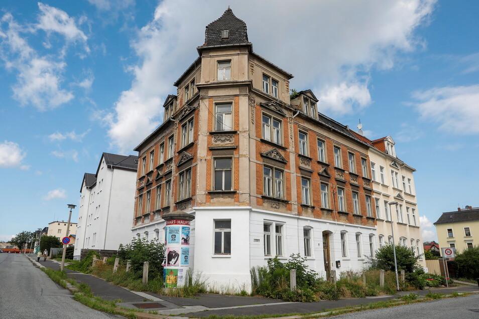 Die Eckartsberger Straße 17b ist eines der Zittauer Häuser, die zum Verkauf stehen. Die Sanierung des denkmalgeschützten Gebäudes soll nur 100.000 Euro kosten.