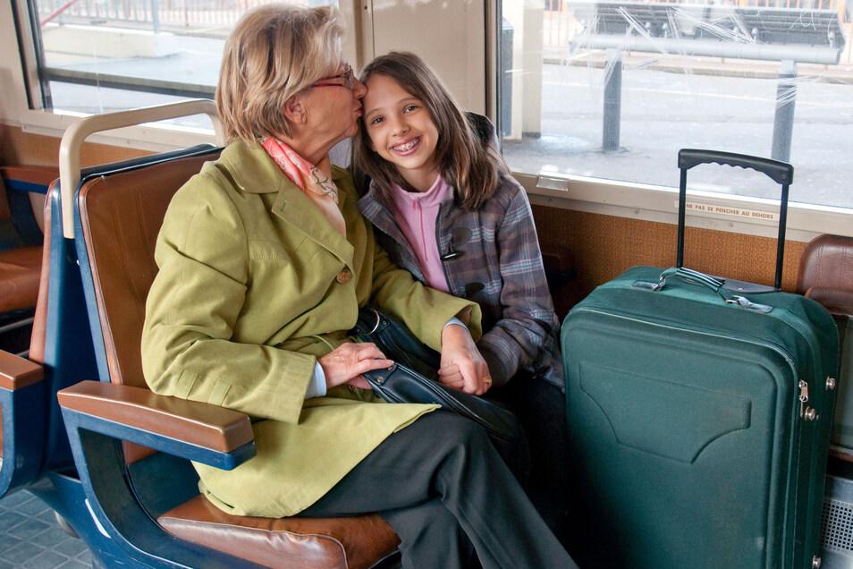 Der Blick aus dem Fenster kann dabei helfen, der Reiseübelkeit vorzubeugen.