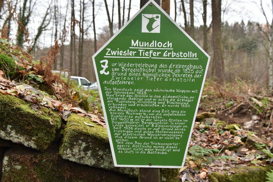 Zwiesler Tiefer Erbstolln in Berggießhübel Infotafel Bergbau.
