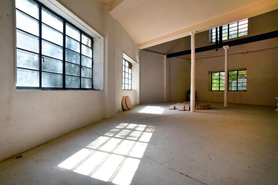 Große, zum Teil leere Hallen warten auf Ideen. Einige Jahre war der Lehrbauhof in einigen Räumen untergebracht, er musste vor einigen Jahren aber ausziehen.