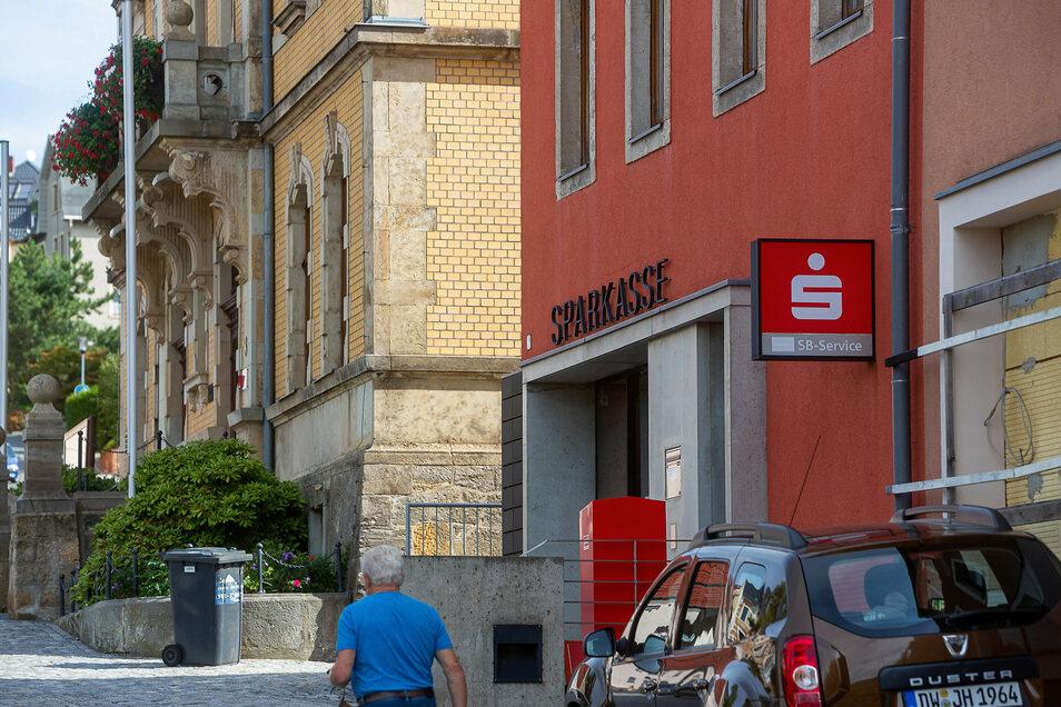 Die Filiale der Sparkasse in Rabenau ist seit Monaten geschlossen.