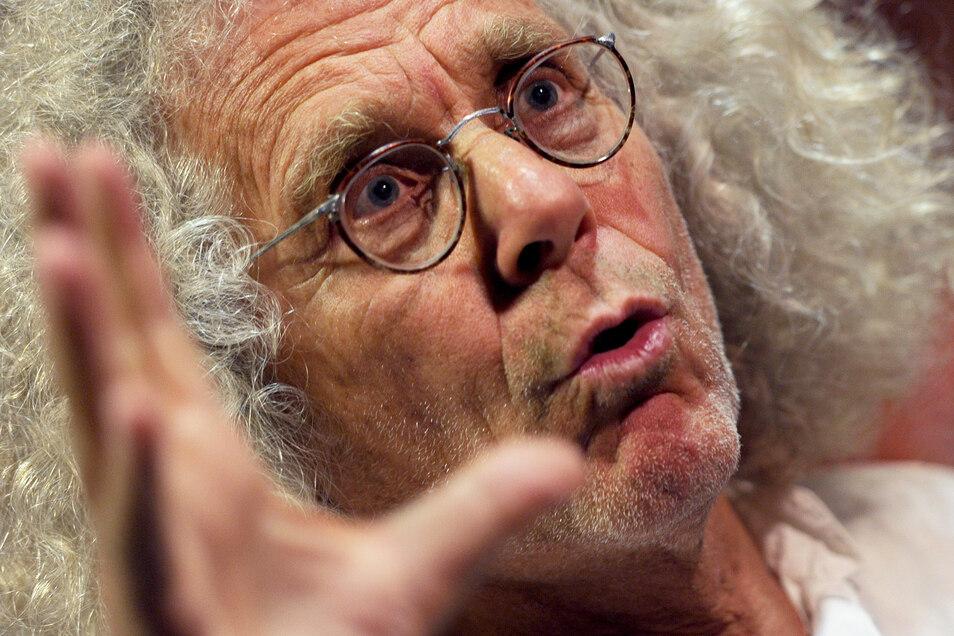 Rainer Langhans, deutscher Autor, Filmemacher und ehemaliges Mitglied der Kommune I, hat Krebs.
