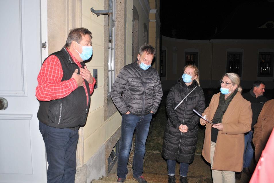 Bürgermeister Siegfried Lange konnte die Gemeinderatssitzung erst mit einer Stunde Zeitverzögerung beginnen.