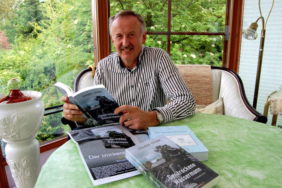 """Erhard Spank hat inzwischen sein zweites Buch geschrieben. Es heißt """"Der trockene Wassermann""""."""