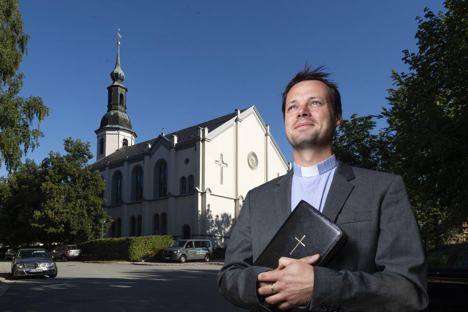 Der neue Pfarrer in Gaußig, Thomas Schädlich, ist zugleich auch Vorsitzender des evangelischen Schulvereins im Landkreis Bautzen. Der Verein hat wegen seiner theologischen Ansichten nun Probleme mit dem Landeskirchenamt.