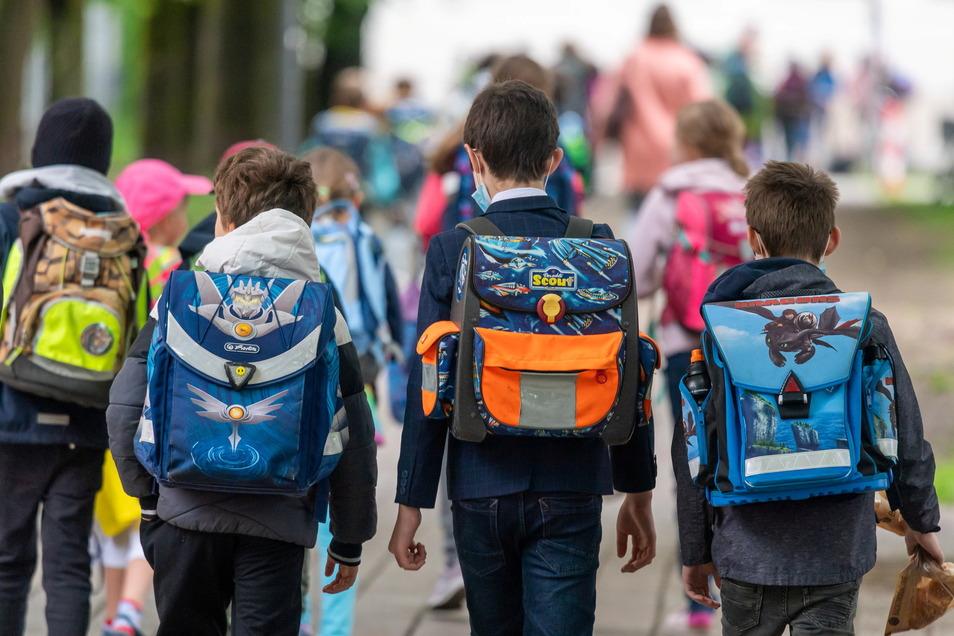 In einer Gemeinschaftsschule können die Kinder von der Grundschule bis zum Abitur gemeinsam lernen.