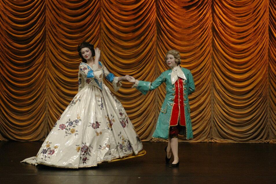 Als tanzendes Porzellan im Theater umrahmte das Tanzstudio Novak vor zwei Jahren den Neujahrsempfang der Stadt Meißen.