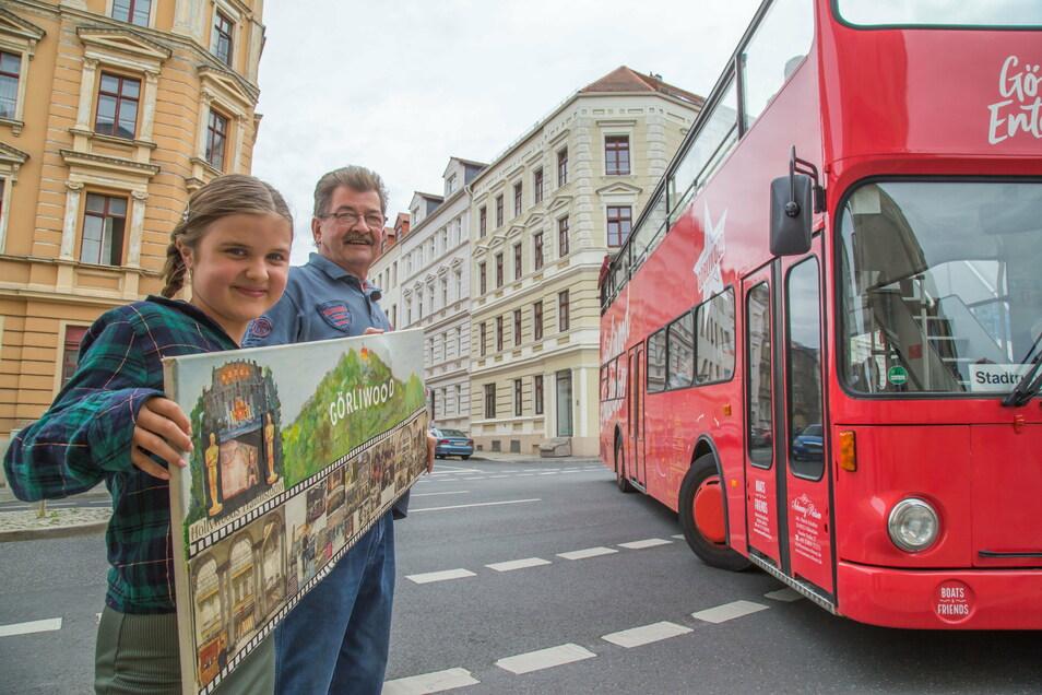 Emily Rychter und ihr Opa Eberhard Nier sind Fans von Görliwood, und vom Görliwood-Entdecker.