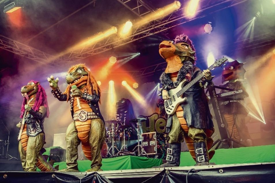 Dinos spielen Metal – und das für Kinder ab drei Jahren. Da kommen Eltern und der Nachwuchs auf ihre Kosten.