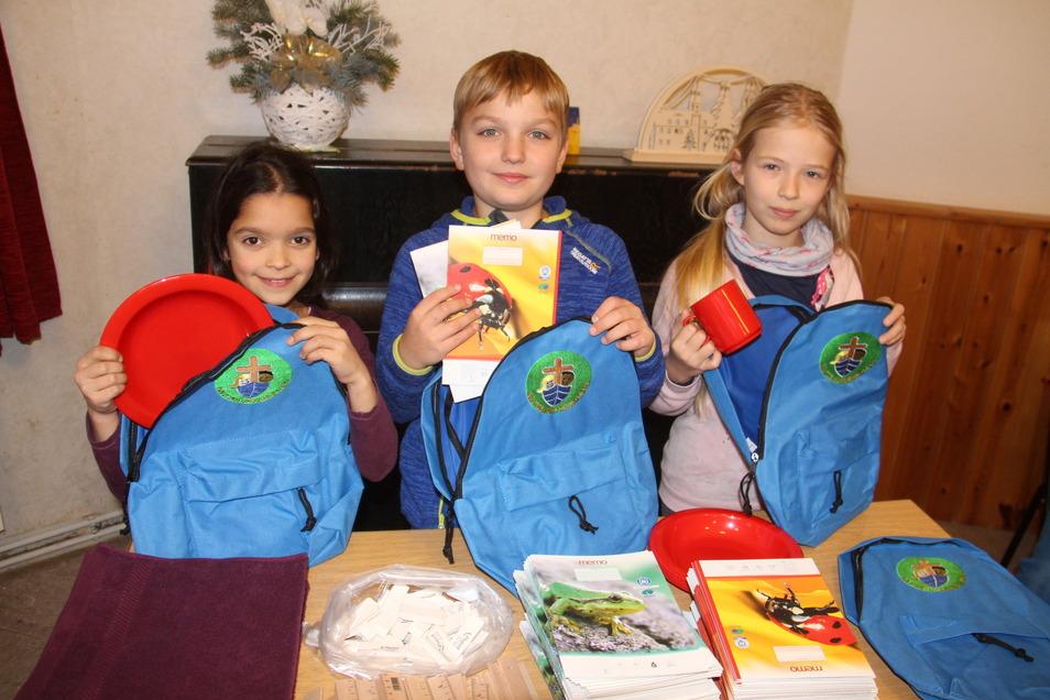Jedes Jahr schickt der evangelisch-lutherische Kirchenbezirk Bautzen-Kamenz rund 4.000 Schulrucksäcke nach Tansania. 2019 beteiligten sich auch Weißenberger Grundschüler an der Aktion.