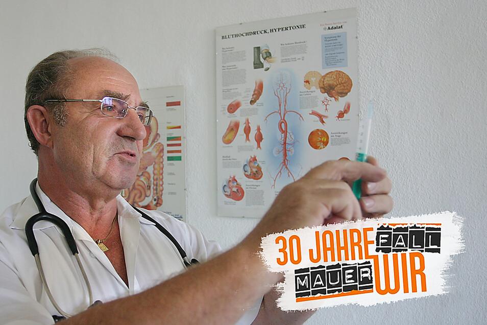 Bis 2006 war Peter Küchler als Hausarzt tätig. Fast zehn Jahre leitete er das Landambulatorium im Alten Schloss Zabeltitz. Den heutigen Medizinbetrieb kritisiert er heftig.