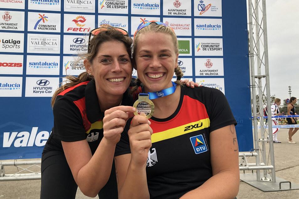 Christiane Reppe (r.) und Anna Woywodt, ihre Helferin in der Wechselzone und außerdem Physiotherapeutin des deutschen Para-Triathlon-Teams, sind ein eingespieltes Tandem.