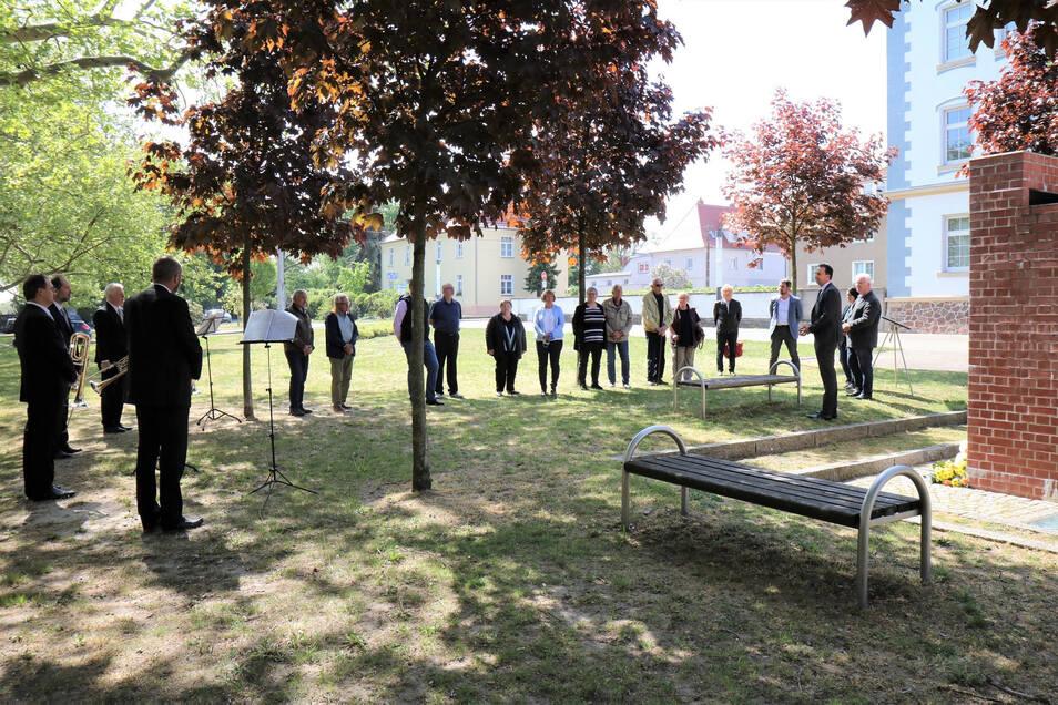 Gedenkstunde trotz Corona - aus Anlass des Kriegsendes vor 75 Jahren am 8. Mai 2020 am Poppitzer Platz in Riesa.