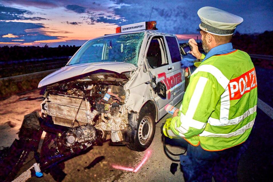 Bei dem Unfall wurden fünf Personen verletzt.
