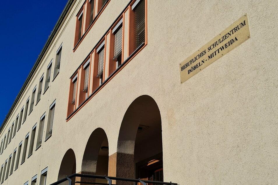 Teile der Ausbildungsbereiche des Döbelner Standortes des Beruflichen Schulzentrums sollen ausgelagert werden. Das wollen einige Kreisräte nicht hinnehmen.