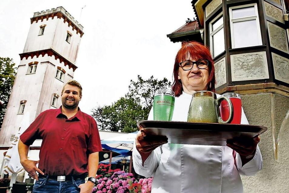 Chef Silvio Fischer betreibt gemeinsam mit seiner Mutter Simone Fischer das Bergrestaurant Schwedenstein in Steina. Die Terasse ist täglich ab 11 Uhr geöfnet.