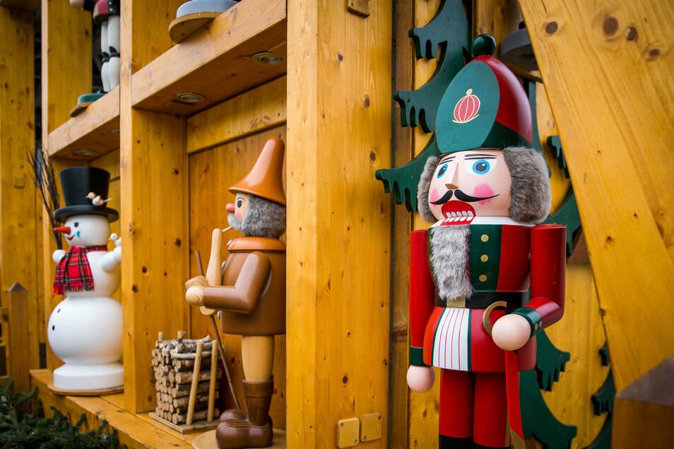 Jedes Jahr gibt es Vandalismus an den handgemachten Figuren vom Striezelmarkt.