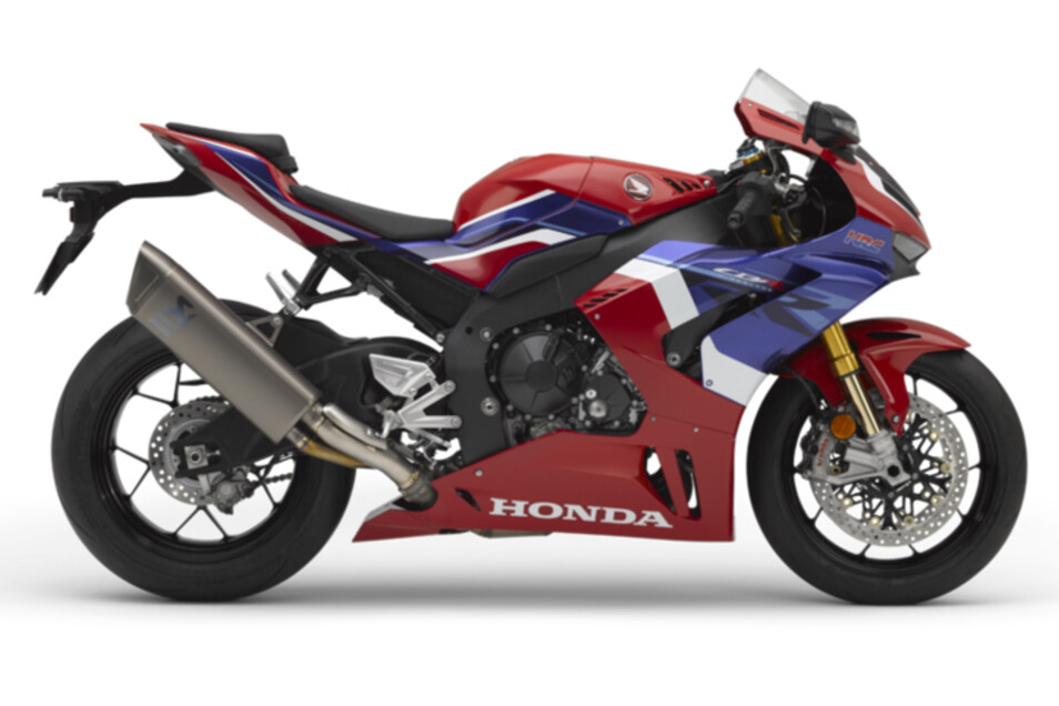 HONDA CBR1000RR-R Fireblade SP: Leistung ist alles und Sie nutzen jeden Vorteil für noch mehr Geschwindigkeit. Wir haben die neue CBR1000RR-R Fireblade SP und sie fährt in derselben Klasse wie die CBR1000RR-R, mit MotoGP-Technologie für Motor, Chassis und Aerodynamik. Zu Hause ist sie auf der Rennstrecke aber besitzt eine komplett straßenzugelassen, überzeugt jedoch mit der kompromisslosen Leistung eines Supersport-Bikes.