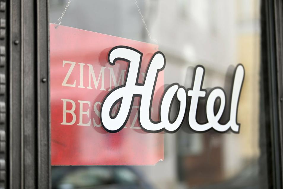 Monatelang mussten Hotels wegen der Ansteckungsgefahr schließen. Jetzt sollen sie auch in Sachsen eine Öffnungsperspektive bekommen.