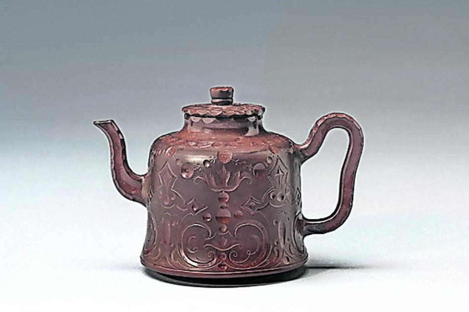 Unscheinbar aber teuer: Frühes Meissener Teekännchen.