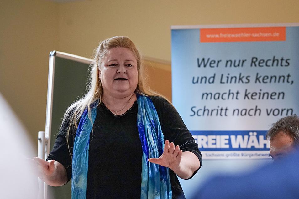 Die ehemalige Landtagsabgeordnete der Grünen, Antje Hermenau, setzt sich jetzt als Geschäftsführerin für die Belange der Freien Wähler ein.