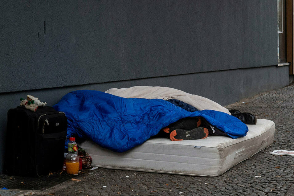 Hunderte Menschen in der Stadt haben keine eigene Wohnung, die Zahl der betroffenen Kinder wächst.