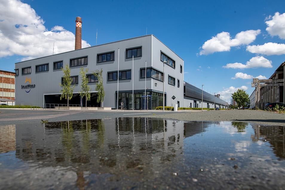 In diese Freiberger Fabrik will das Unternehmen einziehen.