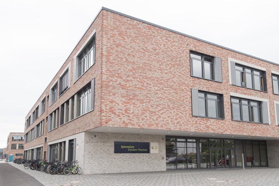 Das neugegründete Gymnasium legt die Schwerpunkte unter anderem auf Medienkompetenz und Informatik..