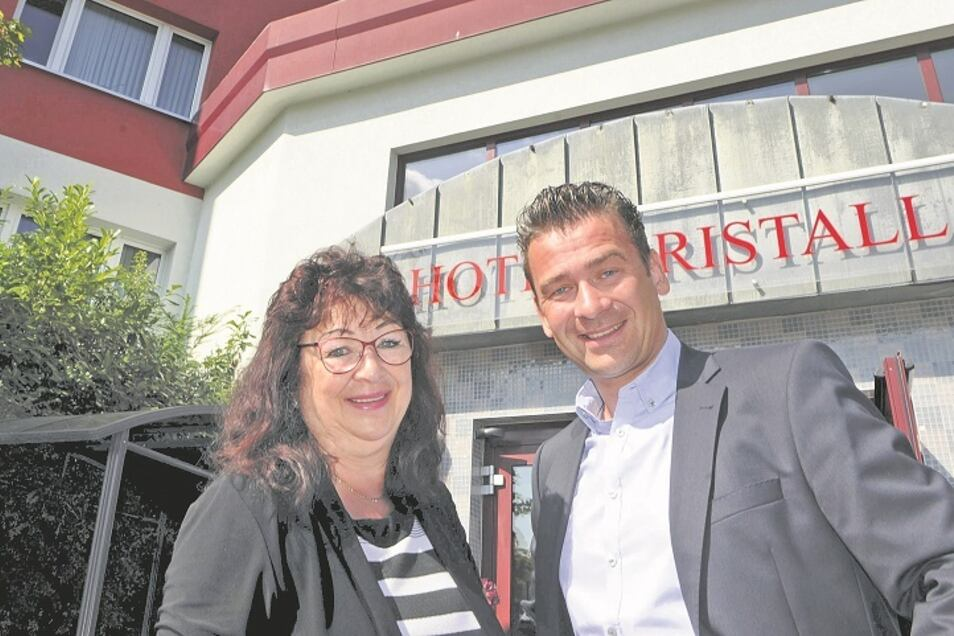 Christina Piche und Sohn Daniel vom Hotel Kristall haben kaum noch Gäste.