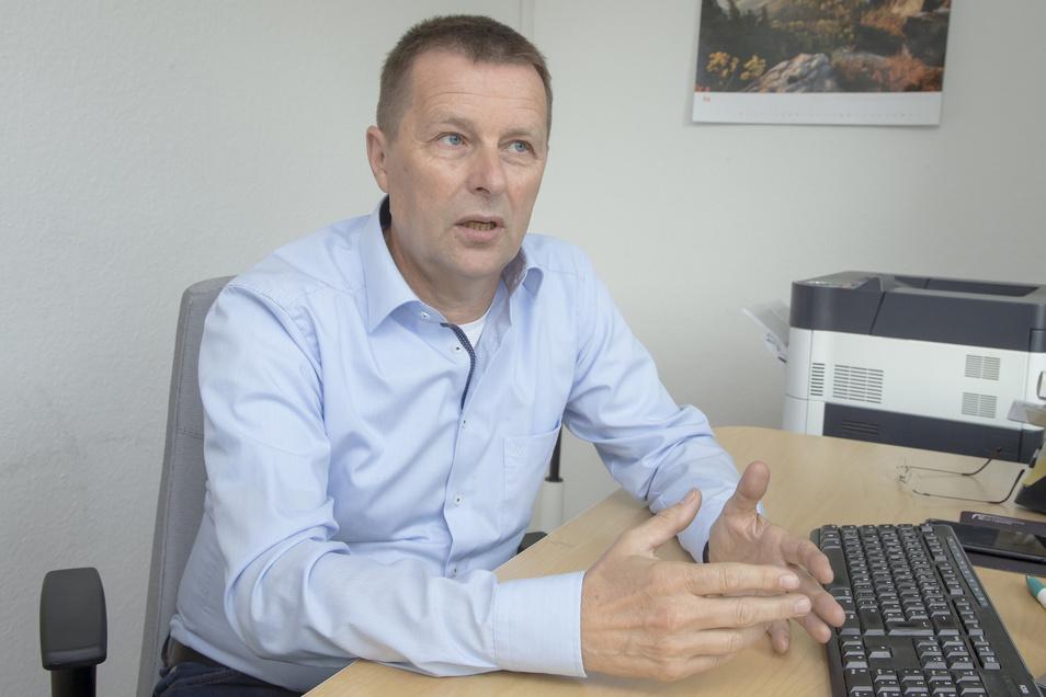 Der bisherige Fraktions-Chef Klaus Wolframm ist wieder Spitzenkandidat der SPD zur Kommunalwahl. 16 weitere Männer und Frauen bewerben sich für die SPD um einen Sitz im Stadtrat.